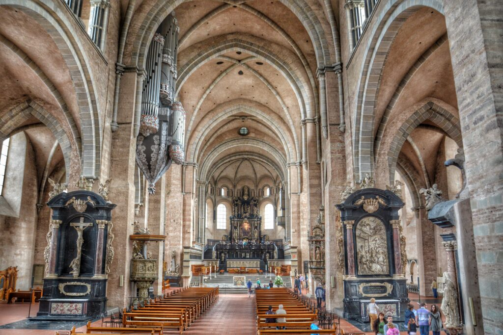 architecture-building-old-arch-church-cathedral-chapel-place-of-worship-hdr-monastery-synagogue-basilica-dom-god-trier-gothic-architecture-house-of-worship-byzantine-architecture-1095740